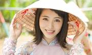 Các diễn viên, hoa hậu Nhật Bản mê áo dài