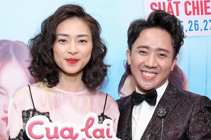 Hà Hồ, Kim Lý đi xem phim mới của Trấn Thành
