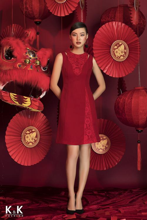 Đầm chữ A sắc đỏ phối ren nổi bật KK71-32; giá: 450.000 đồng.