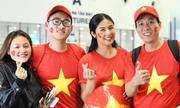 Hoa hậu Ngọc Hân sang Dubai cổ vũ đội tuyển Việt Nam