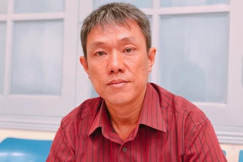 Tranh cãi căng thẳng trong phiên tòa xử quyền tác giả Thần đồng đất Việt