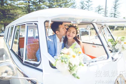 Hôm 18/1, diễn viên Đặng Gia Giai thông báo ly hôn chồng doanh nhân. Họ yêu nhau 10 năm trước khi làm đám cưới năm 2014.