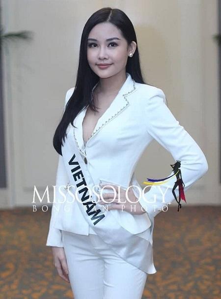 Tuy nhiên, Ngân Anh vẫn sang Philippines dự Miss Intercontinental 2018 bất chấp thông tin sẽ bị phạt vì thi chui. Sao nữ còn kiện Cục Nghệ thuật Biểu diễn vì không xem xét hồ sơ xin đi thi của cô.