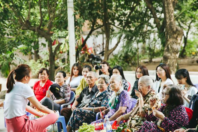 Mỹ Tâm, Mai Tài Phến hát tặng nghệ sĩ lớn tuổi