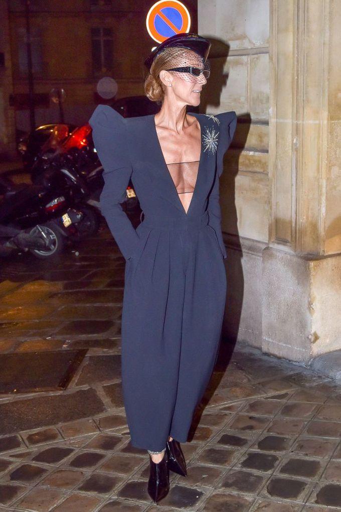 Celine Dion đẹp nhất tuần với mốt áo ngực trong suốt