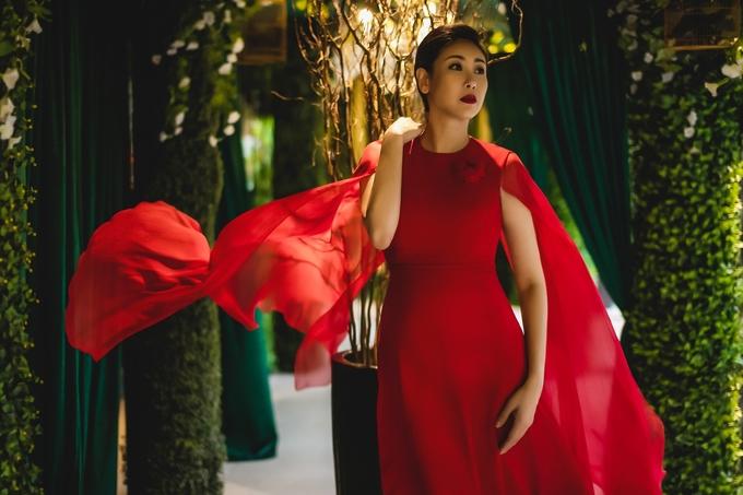 Nhan sắc tuổi 43 của Hoa hậu Hà Kiều Anh