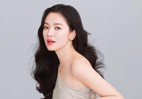 Song Hye Kyo gây thương nhớ khi đăng ảnh mặt không tỳ vết ...