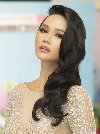 HHen Niê: Từ nhan sắc gây tranh cãi đến Hoa hậu đẹp nhất thế giới - 8