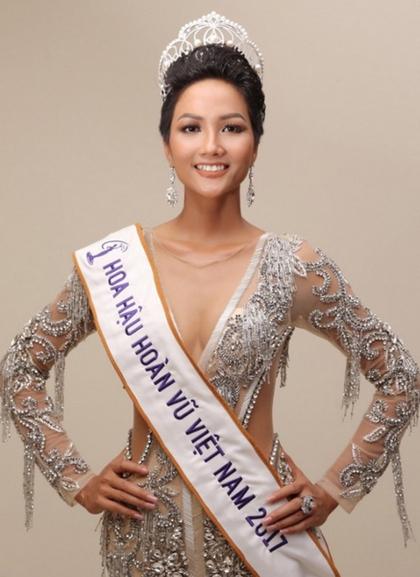 HHen Niê: Từ nhan sắc gây tranh cãi đến Hoa hậu đẹp nhất thế giới - 7