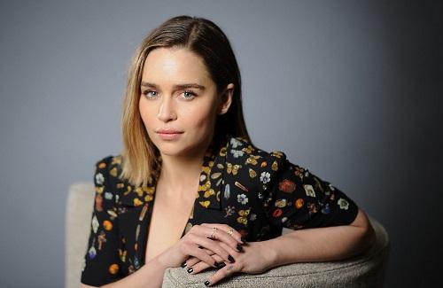 Emilia Clarke - nổi danh với vai Mẹ Rồng trong Game of Thrones - được mời vào Viện Hàn lâm.