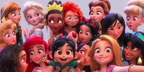 Việc đưa các công chúa Disneyvào phim là ý tưởng của biên kịch Pamela Ribon. Cô cho rằng tình tiết này mang tính trào phúng chính các nhân vật của Disney. Khithực hiện Ralph Breaks the Internet, các nghệ sĩ hoạt hìnhphải điều chỉnh tạo hình các công chúa để họ xuất hiện vớiphong cách hoạt họa thống nhất trong phim.