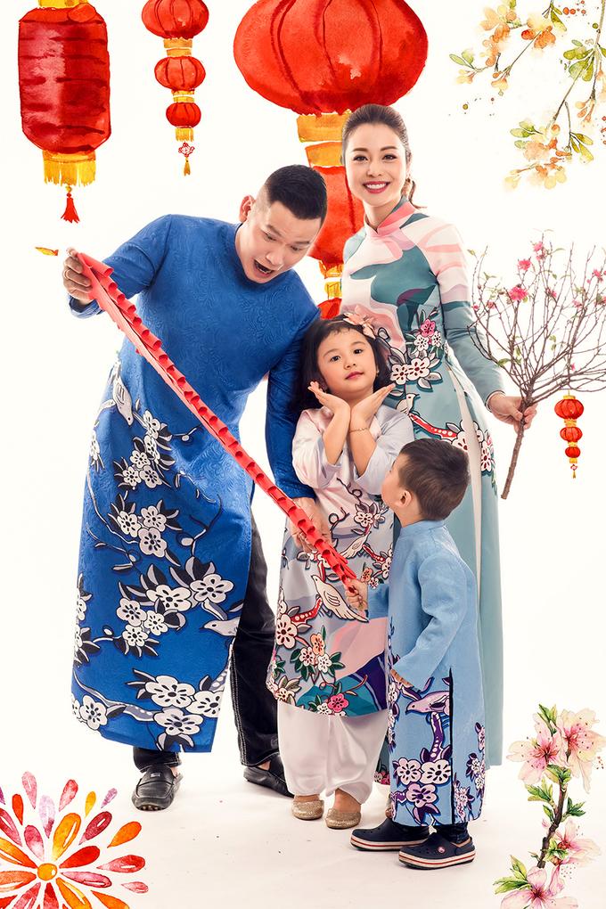 Gia đình Jennifer Phạm sum vầy đón xuân
