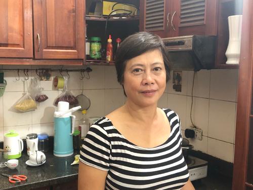 Nghệ sĩ Lê Hồ Lan trong ngôi nhà trọ tại Hà Nội.