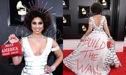 Ca sĩ Mỹ bị chỉ trích vì mặc váy gắn dây thép gai ở Grammy