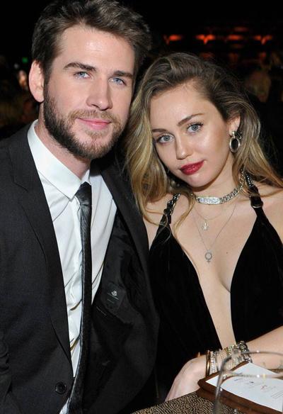 Liam Hemsworth và Miley Cyrus kết hôn cuối tháng 12.