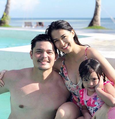 Mỹ nhân đẹp nhấtPhilippines chăm chút vẻ ngoài khi mang bầu - 1