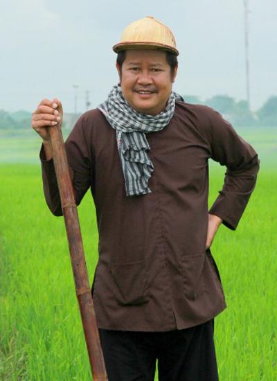 Diễn viên, nghệ sĩ cải lương Thanh Nam.