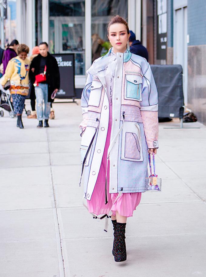 Sella Trương chưng diện tại New York Fashion Week