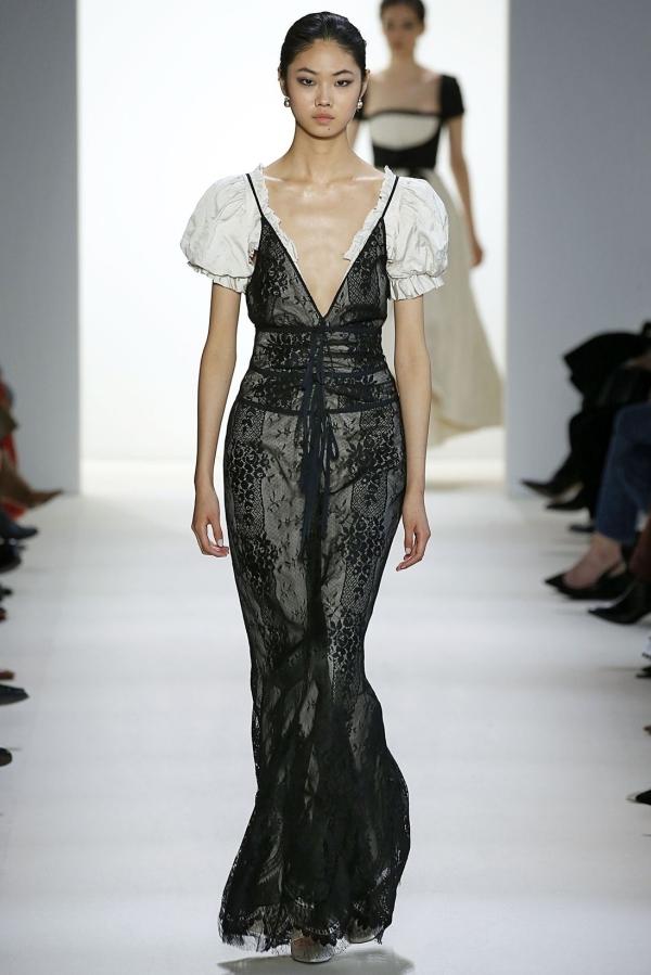 Những thiết kế ấn tượng ở Tuần thời trang New York