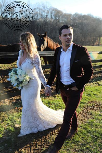 Ảnh cưới của Miranda Lambert.