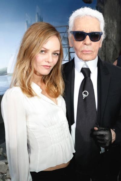 Vanessa Paradis là gương mặt đại diện cho Chanel cuối thập niên 1990.