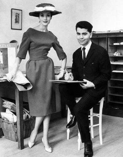 Nhà thiết kế Karl Lagerfeld thời trẻ.