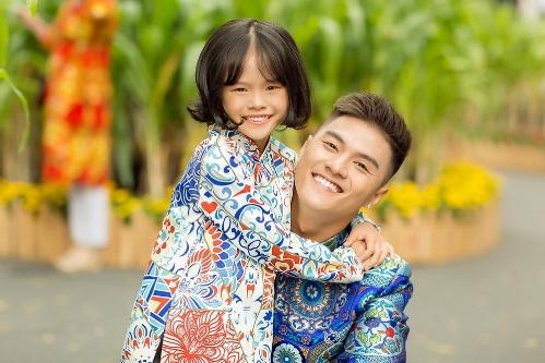 Lâm Vinh Hải và con gái trong lần cuối cùng chụp ảnh cùngnhau.
