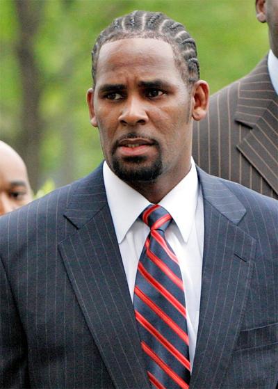 R. Kelly bị kết tội hôm 22/2.