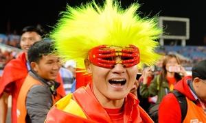 Khoảnh khắc vinh quang của 'thế hệ vàng' bóng đá Việt lên sách ảnh