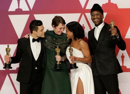 Từ trái sang, Rami Malek (Oscar nam chính), Olivia Colman (nữ chính), Regina King (nữ phụ) và Mahershala Ali (nam phụ).
