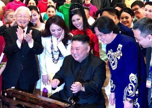 Ông Kim Jong-un thích nhạc Trịnh, đàn bầu