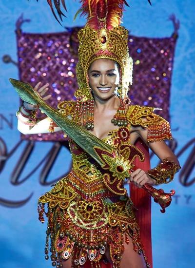 Người đẹp Philippines là một trong những ứng viên cho vương miện. Cô tênNicole Guevarra Flores,22 tuổi, là sinh viên. Nicole có kinh nghiệm catwalk, từng chiến thắngSuper Sireyna Philippines 2018 - cuộc thi sắc đẹp dành cho người chuyển giới.