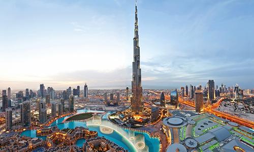 Khách sạn ở Dubai của Armani nằm tại Burj Khalifa - tòa nhà cao nhất thế giới.