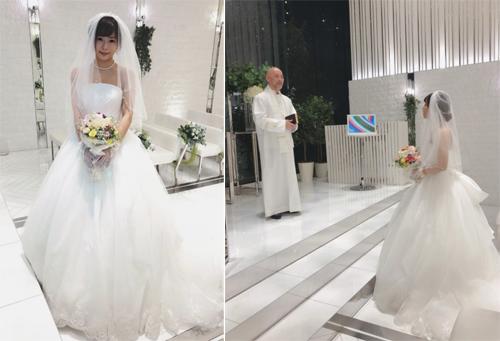 Mana Sakura trong đám cưới chính mình.