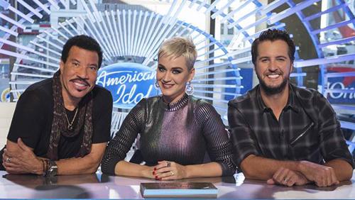 Ba giám khảo American Idol 2019 từ trái qua: Lionel Richie, Katy Perry và Luke Bryan.