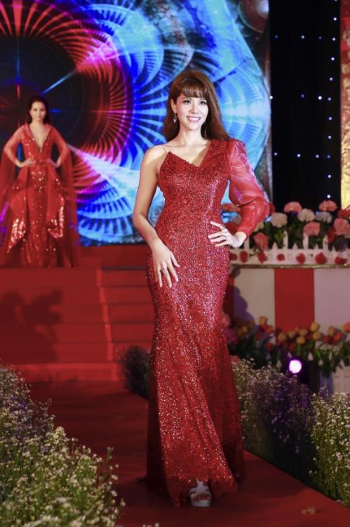 Á hậu Băng Châu đảm nhận hai vai trò trong sự kiện ngày 8/3 (xin bài edit) - 3