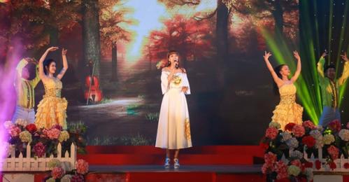 Á hậu Băng Châu đảm nhận hai vai trò trong sự kiện ngày 8/3 (xin bài edit)
