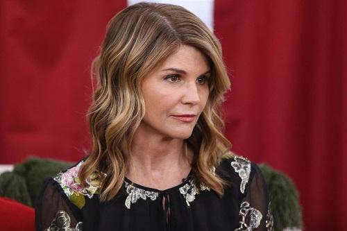 Loạt sao Hollywood xuống dốc trong scandal chạy trường ở Mỹ