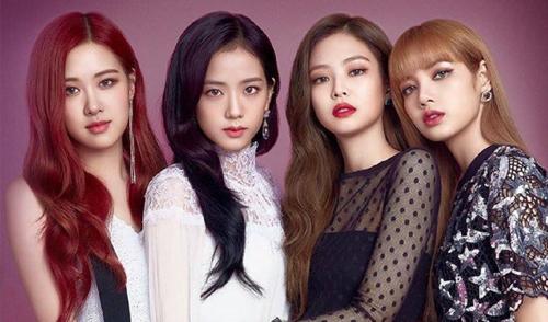 Nhóm nhạc Black Pink với bốn thành viên: Rose, Jisoo, Jennie và Lisa (từ trái sang).