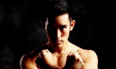 Công phu võ thuật của diễn viên gốc Hàn đóng Lý Tiểu Long