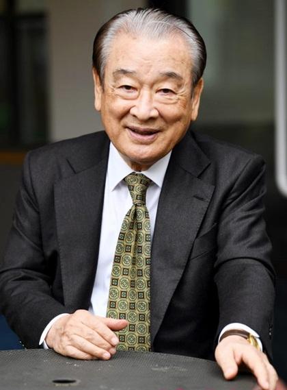 Lee Soon Jae thường được người Hàn gọi là ông nội khi gặp ngoài đường.