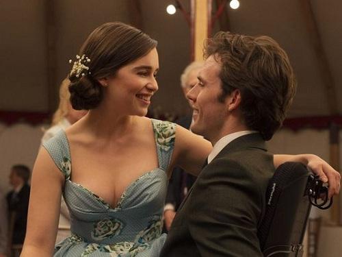 Emilia Clarke - vai Louisa Clark - trong phim Me before you.
