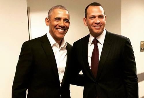 Cựu tổng thống Barack Obama và Alex Rodriguez tại một hội nghị cuối tháng 2. Ảnh: Instagram