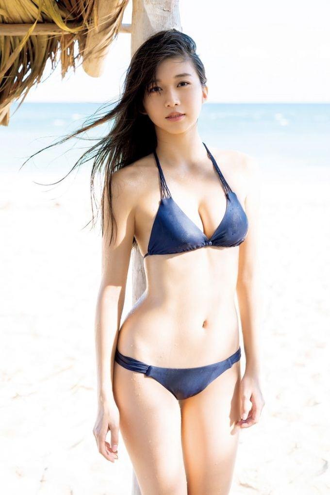 Sao 18 tuổi Makino Maria gây sốt với loạt ảnh bikini