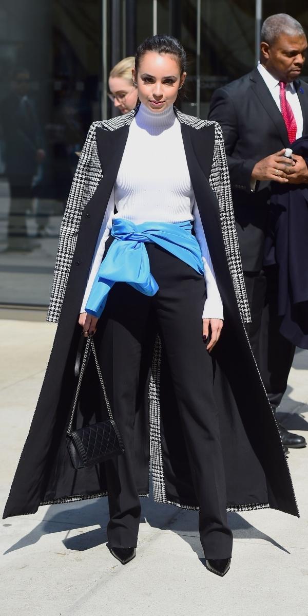 Lupita Nyong'o được khen đẹp với kính áp tròng kiểu kinh dị