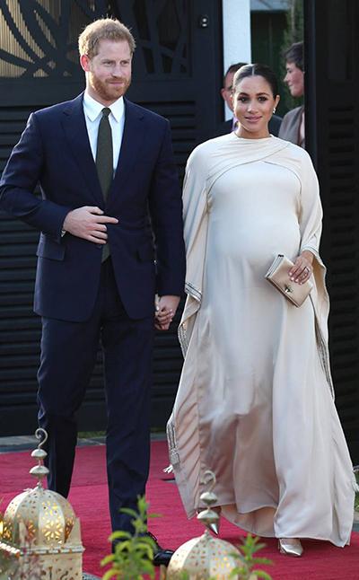 Công nương Meghan diện váy Dior.