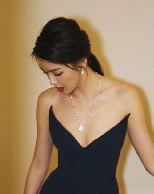 Hoa hậu Trương Tử Lâm đón tuổi 35