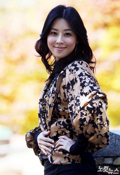 Diễn viên Lee Mae Ri.