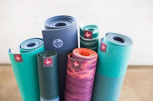 Manduka: thương hiệu bán thảm và phụ kiện Yoga tới từ Mỹ, sẽ khai trương từ ngày 01/04/2019