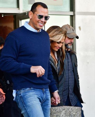Jennifer Lopez và người tình sát cánh bên nhau. Ảnh: GC Images.